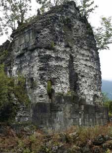 სქურის ტაძარი აღდგება