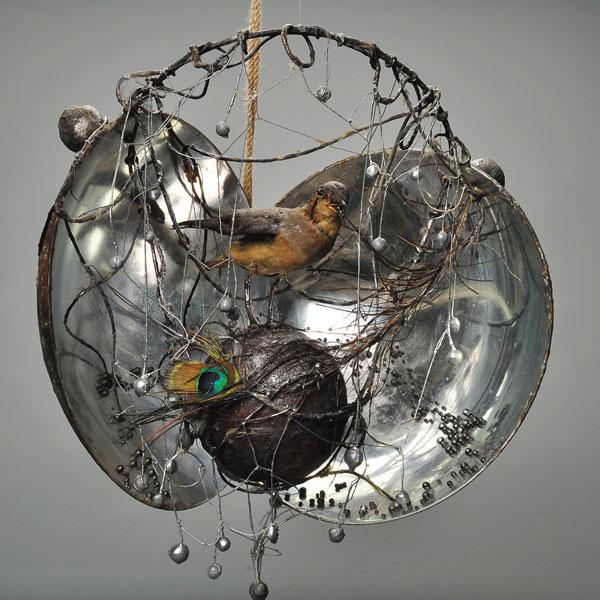 ნაპოვნი ნივთებით შექმნილი უნიკალური ხელოვნება