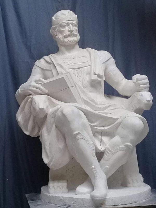 დავით აღმაშენებლის ეს ძეგლი დაიდგას ბათუმის ცენტრში!