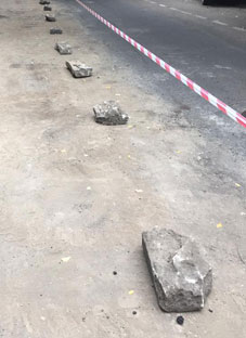 შანიძის ქუჩაზე ხელით გათლილი ბორდიურის ქვები ამოყარეს