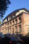 უნიკალურ შენობას ბეტონის სართული დააშენეს