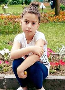 თინათინ მღვდლიაშვილის ლექსი 8 წლის ნანიკო ბერიაშვილს