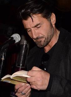 პოეტ დათო გაბისკირიას ციხე ემუქრება