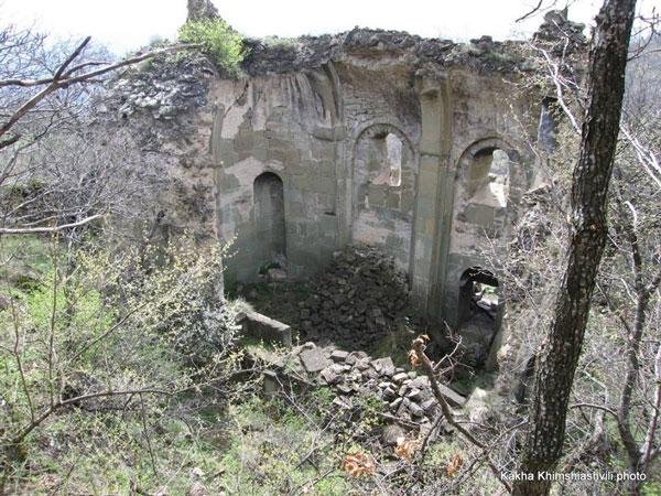 სამღერეთში უძველესი ეკლესია ინგრევა