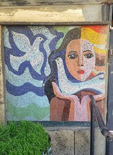 თბილისში ულამაზესი მოზაიკა დაამახინჯეს