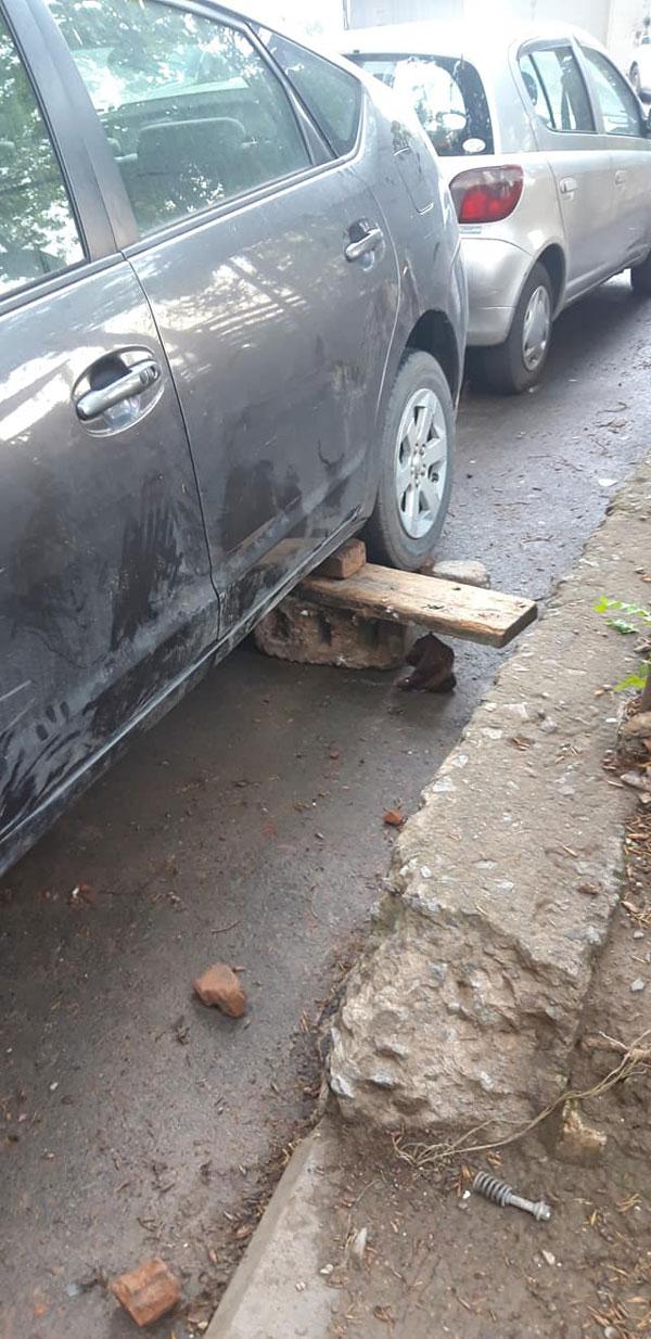 გოგიჩას მანქანა დააზიანეს